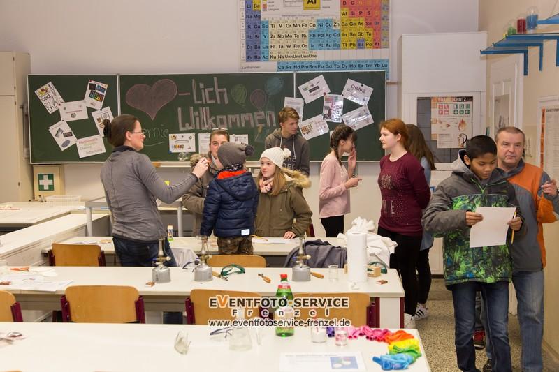 http://www.schuleruhland.de/wp-content/uploads/2016/01/Tag-der-offenen-Schule_08.jpg